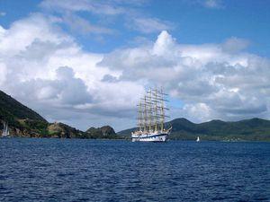 Antilles françaises, Pointe des Châteaux, les Saintes, Guadeloupe, Martinique, Saint-Barth., Saint-Martin... Automatic slideshow...