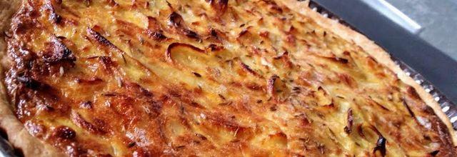 Tarte à l'oignon inspirée du livre Recettes végétariennes de Gründ