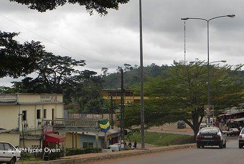 Imágenes de Oyem, Gabon.- El Muni.