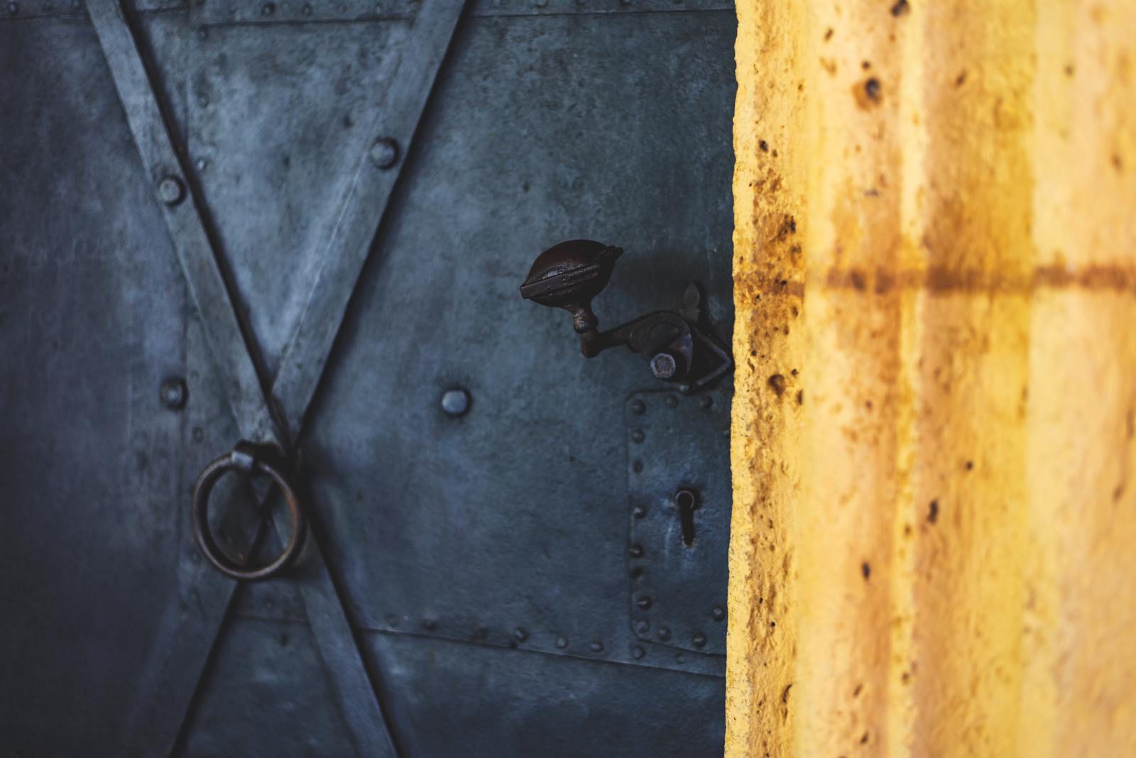 Five Best Door Locks for Your Apartment