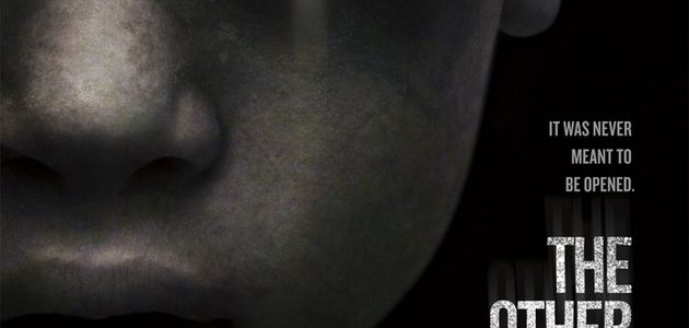 """""""THE OTHER SIDE OF THE DOOR"""", LA BANDE-ANNONCE MÉGA FLIPPANTE !"""