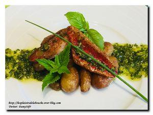 Filets de Rougets pistou d'herbes et pommes de terre nouvelles