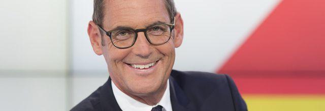 """Nicolas Dupont-Aignan invité de """"Dimanche en politique"""" sur France 3"""
