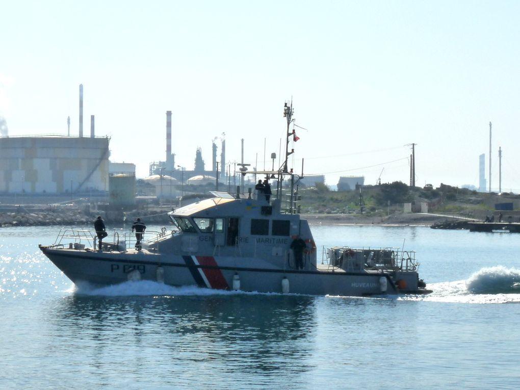 HUVEAUNE  P619 , Vedette cotière de surveillance maritime (VCSM) de la gendarmerie maritine    dans le golfe de Fos sur Mer et dans  la rade de port de Bouc le 16mars 2017