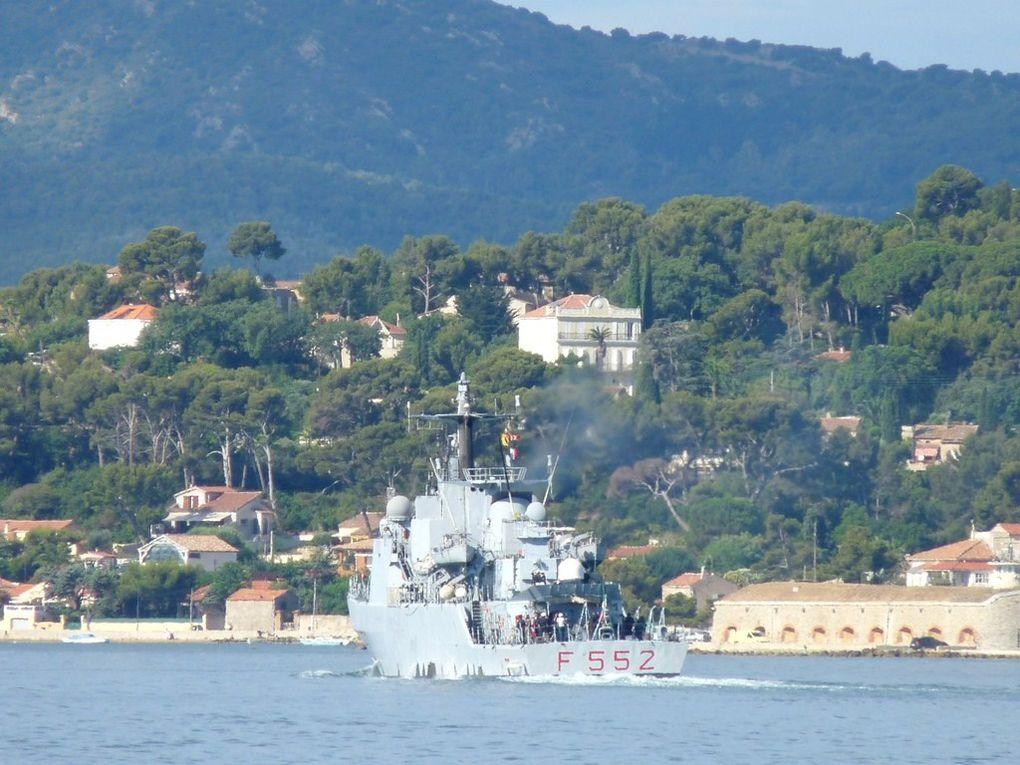 URIANA  F552 , Frégate de la marine Italienne