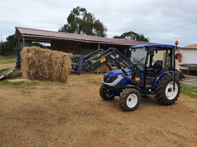 Le Mas de la plage à Vias utilise un tracteur LOVOL 35cv vendu par Eurotek