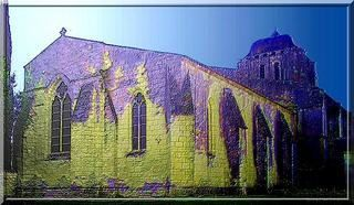 Diaporama église fortifiée de CORME ROYAL