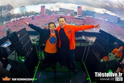 Tiësto & Hardwell Vidéo | Koningsdag | Breda, Netherlands - april 27, 2016