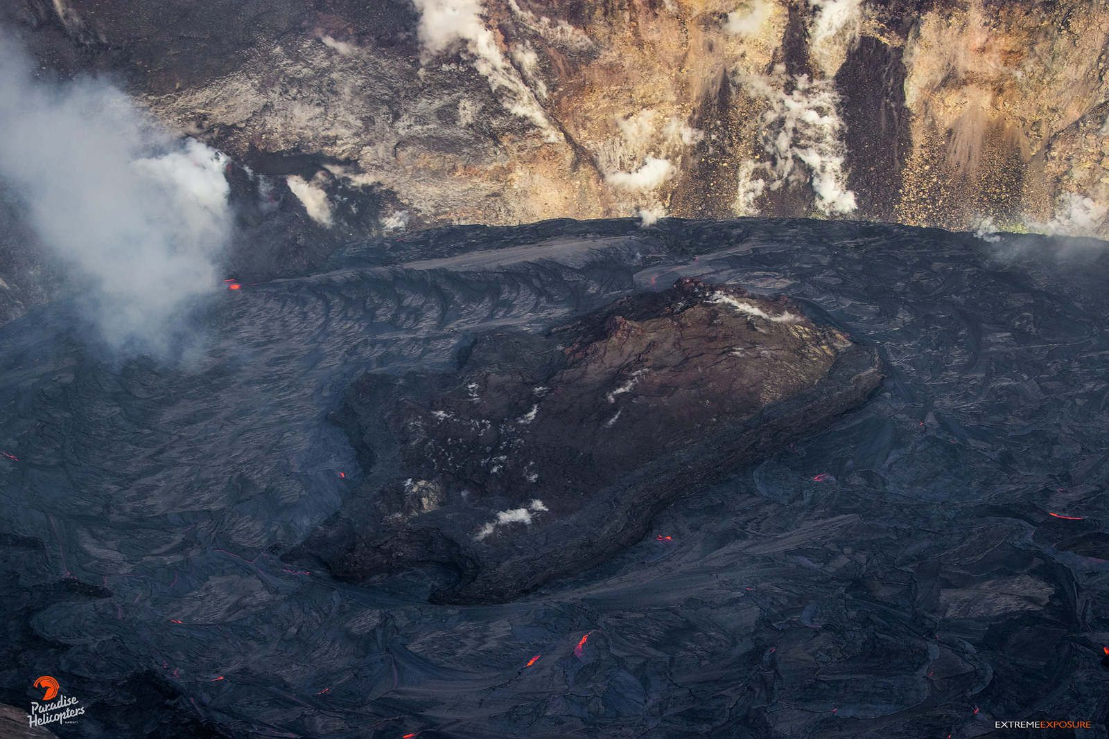 Kilauea - Halema'uma'u - 14.01.2021  - photo Bruce Omori, mahalo nui Paradise Helicopters,  Canon, Really Right Stuff, and Pro Camera Hawaii