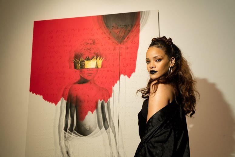 Rihanna en concert au stade de France !  #ANTIWorldTour