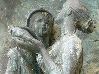 SYMBOLES ALCHIMIQUES ET MYTHOLOGIQUES (notez la richesse des détails).