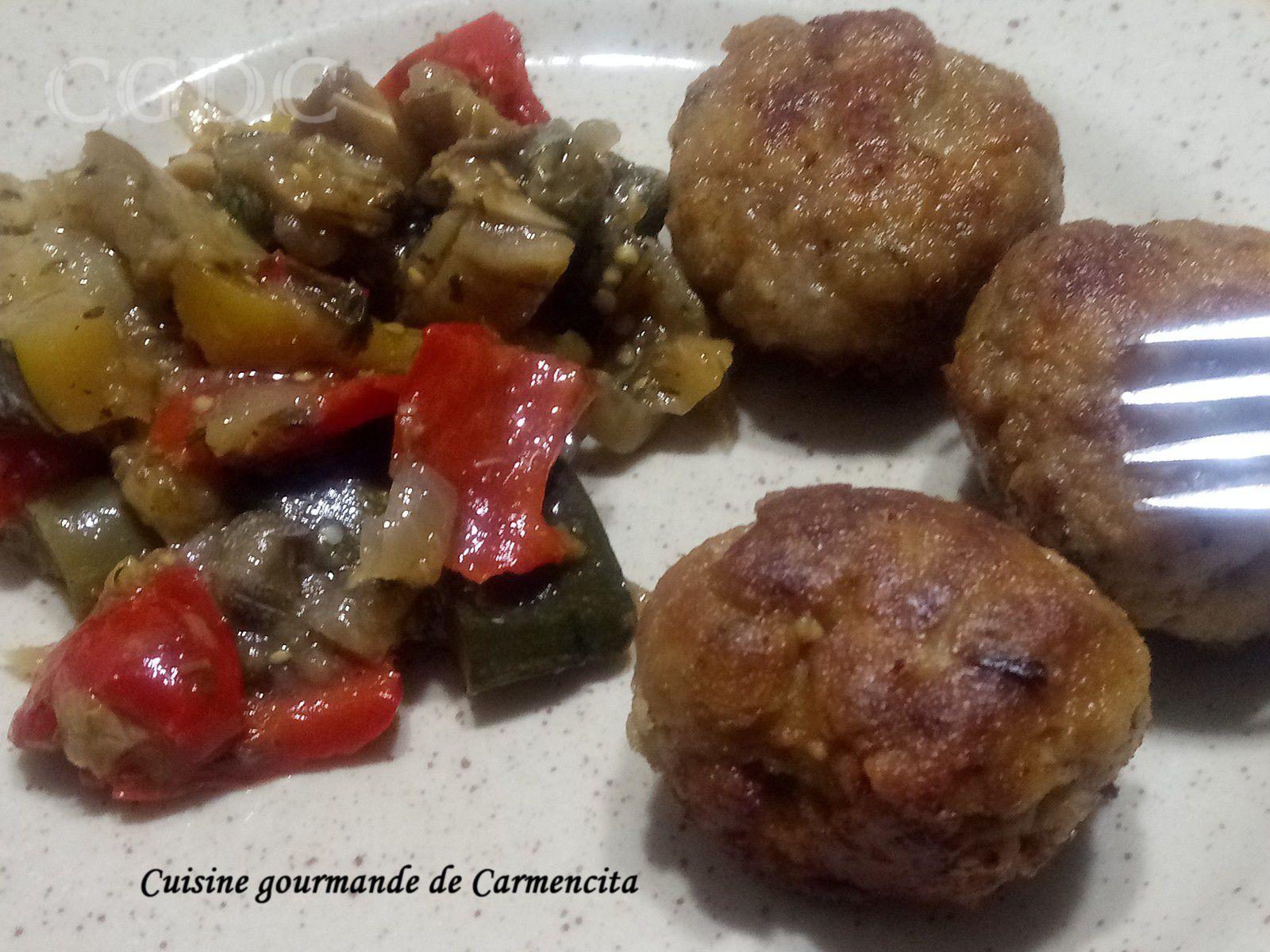 Boulettes de viande aux pois  chiche et poêlée de légumes d'été