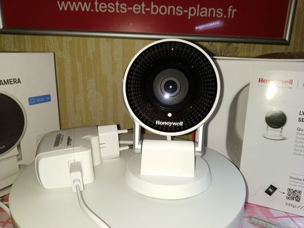 Test de la caméra de surveillance Full HD - Honeywell Lyric C2 @ Tests et Bons Plans