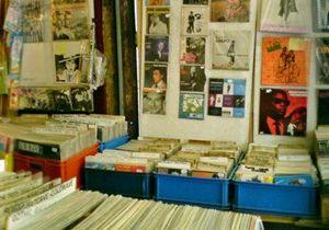 les disques du yéti, une véritable institution pour les disques d'occasion située à saint-ouen au marché aux puces