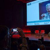 La triste et dérangeante vérité sur Julian Assange et pourquoi vous devriez vous sentir concernés (New Matilda) -- Helen Razer