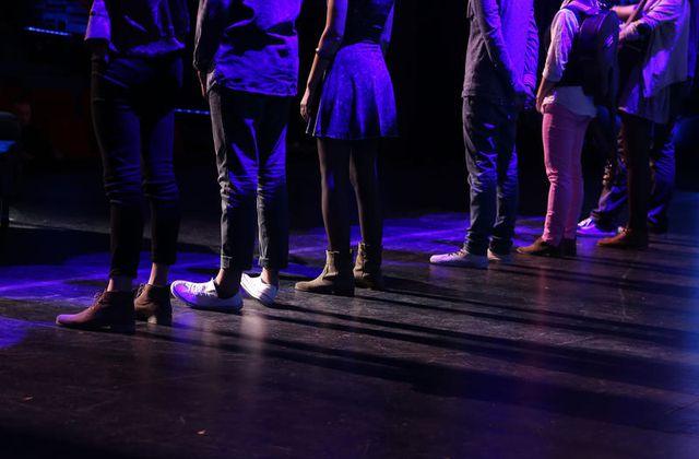 Nouvelle Star ce jeudi sur D8 : l'épreuve des lignes au théâtre.