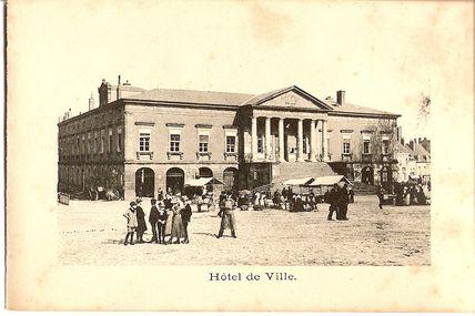Quartier centre ville : l'Hôtel de Ville.