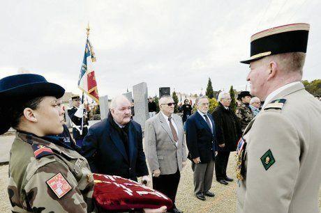 Des médailles pour les militaires 05/12/2011( Coursac 24 )
