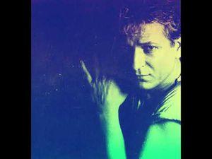 """Iano, un chanteur belge d'origine italienne avec ses deux hits mémorables en français et italien """"la prima donna"""" et """"fais moi un signe du cœur"""""""
