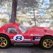 FORD SHELBY COBRA DAYTONA COUPE HOT WHEELS 1/64 - car-collector.net