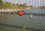 De Rome à Paris, le rite des cadenas d'amour
