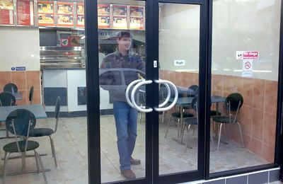 Top advantageous of Frameless Glass Shopfront London