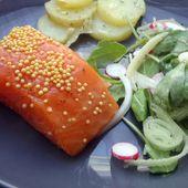 Recette : Saumon mi-cuit fumé, salade pommes de terre, roquette et radis express - Les Gralettes