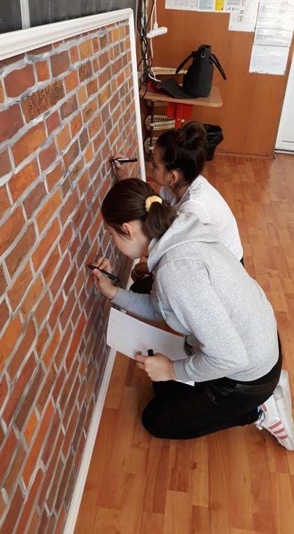 SMRO19 On écrit sur les murs