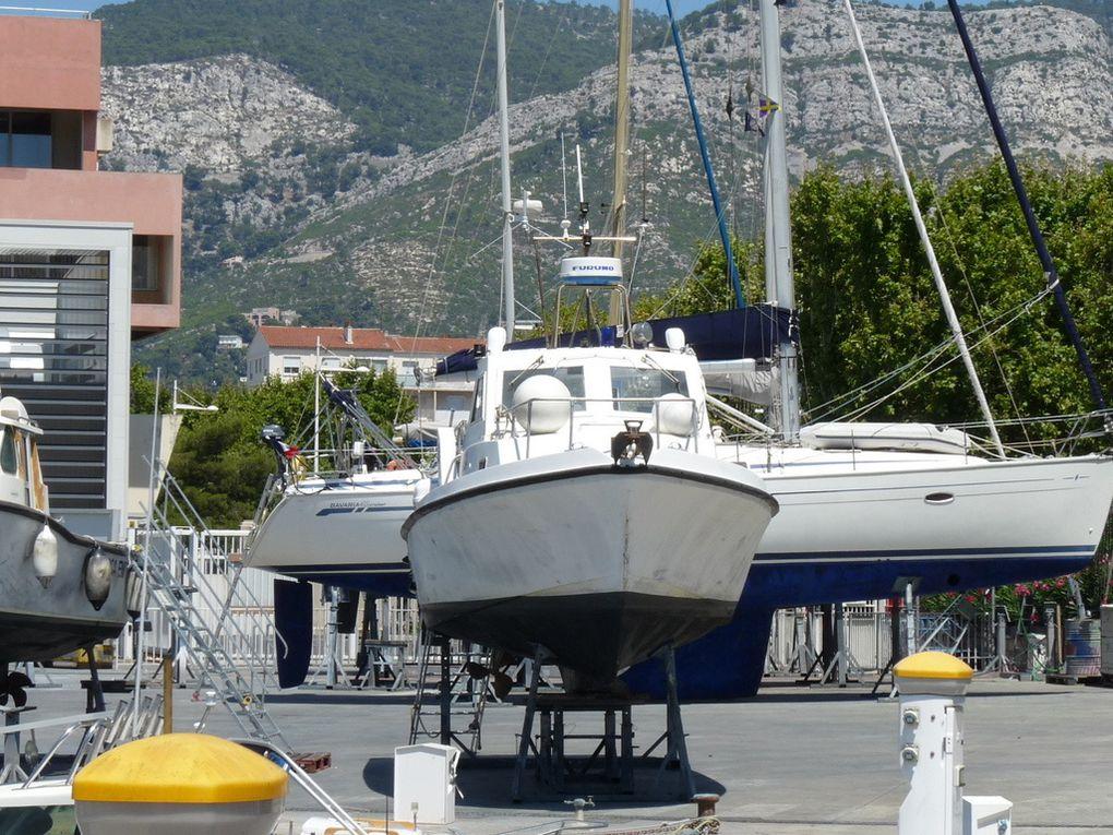 GRENAT , vedette de surveillance  au centre d'essais de la méditerranée à l'ile du levant (Hyères)