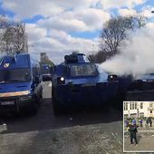 French police use 'last resort' chem weapon on Yellow Vest protesters