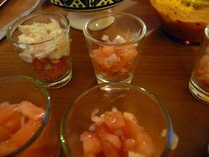 Verrines de saumon à l'aneth et tomates