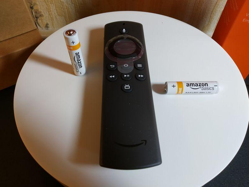 unboxing du streamer multimédia Amazon Fire TV Stick Lite @ Tests et Bons Plans