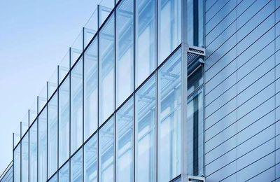 Key benefits of Curtain walling for a building envelope in London