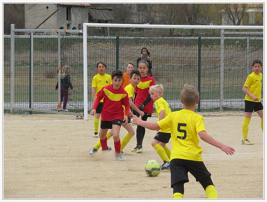 Saint André les Alpes : Une belle matinée sportive au stade des Iscles