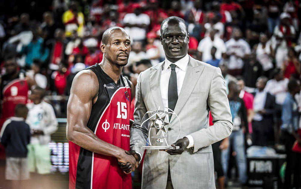 La cérémonie s'est déroulée en présence du président de FIBA Afrique Hamane Niang, du secrétaire général de FIBA Afrique Alphonse Bilé, du président de la fédération angolaise de basket Jean Jacques Conceicao et du vice-président de la NBA Africa, Amadou Gallo Fall