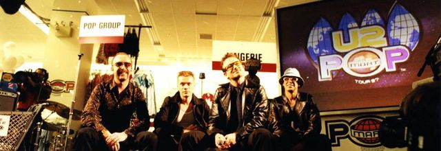 U2 au Greenwich Village Kmart -New York 12 -02-1997