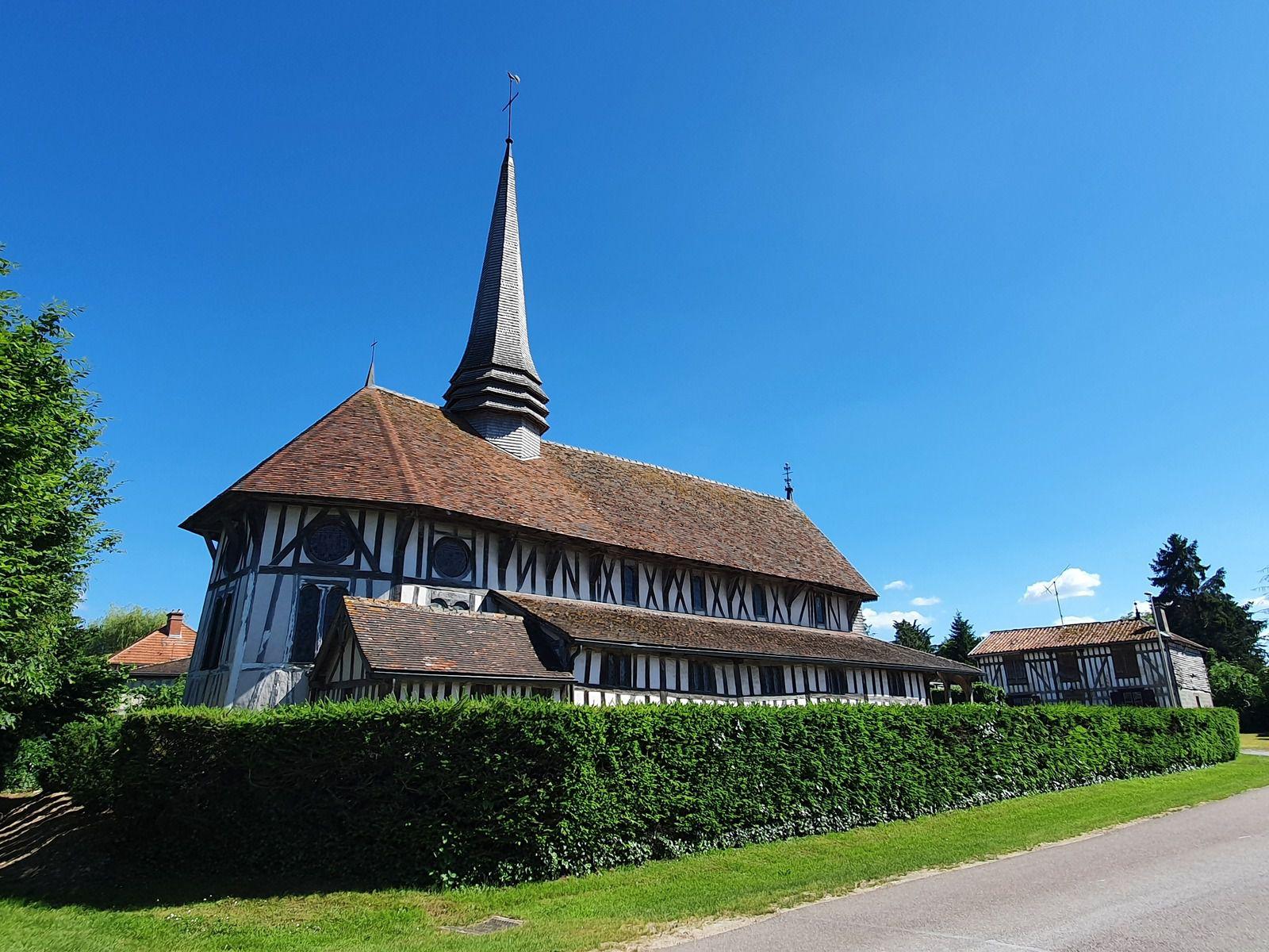 Lentilles et son église Saint-Philippe-et-Saint-Jacques