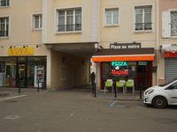 Pizza Dinapoli - 70, rue Claude Monnet - 78955 Carrières sous Poissy - 01.39.27.80.20.