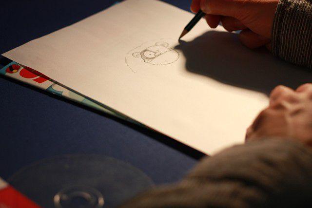 dédicaces réalisées par les auteurs sur le festival Bulles de Mantes 2011