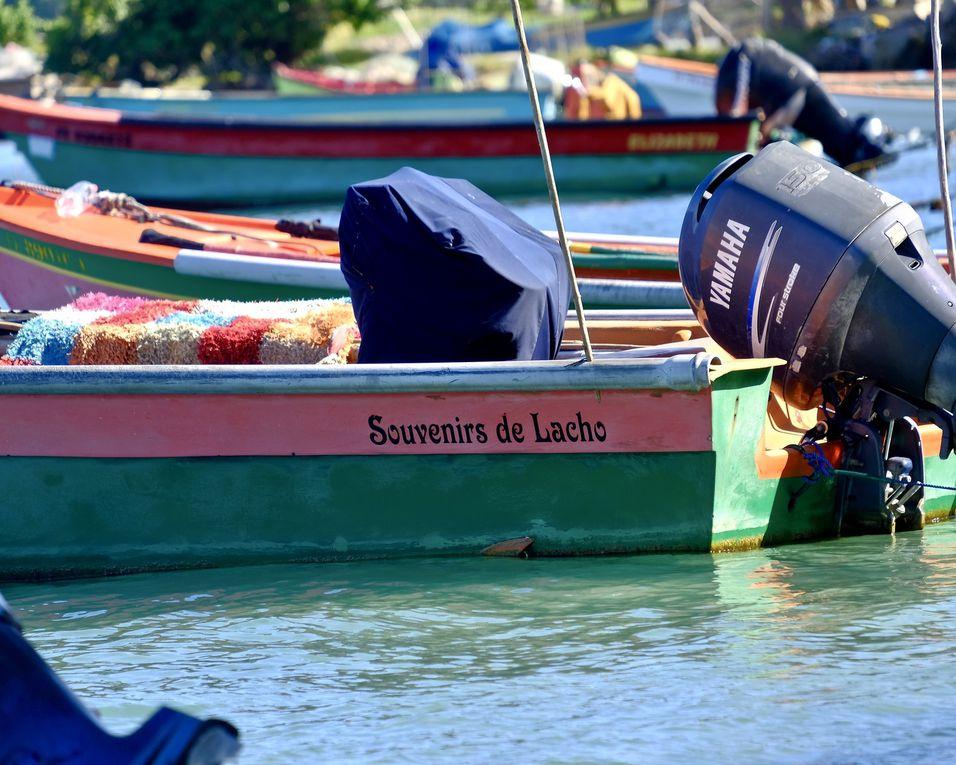"""Voir une barque c'est connaître son propriétaire.....savoir qui il a aimé, ce qui le motive, ou ce qui l'angoisse....ici toutes la barques sont personnifiées et """"adulées"""", un message vers un je ne sais quoi de """"divin"""" qui exorcise les non-dits et les peurs....on communique comme on peut, on chuchote à la mer et on essaye de gagner la Chance...."""