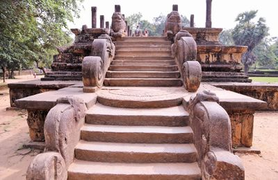 Polonnaruwa ruines Palais Royal Sri Lanka