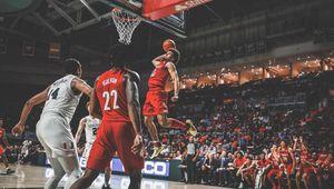 NCAA : Jordan Nwora prend feu à Miami avec un double-double (23 points et 12 rebonds)