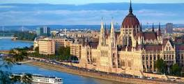 BUDAPEST  sur le Danube