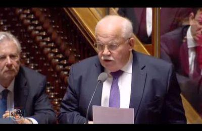 Questions au gouvernement aujourd'hui, j'interpelle le Ministre de l'Intérieur sur les violences qui secouent notre pays depuis plusieurs semaines. Dans le désordre, il n'y a pas de démocratie!