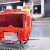 MACK AUXILIARY POWER TRUCK MATCHBOX 1/84 - car-collector.net
