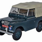 Oxford Diecast Land Rover Series II SWB Canvas RAF Police - 1:43 scale