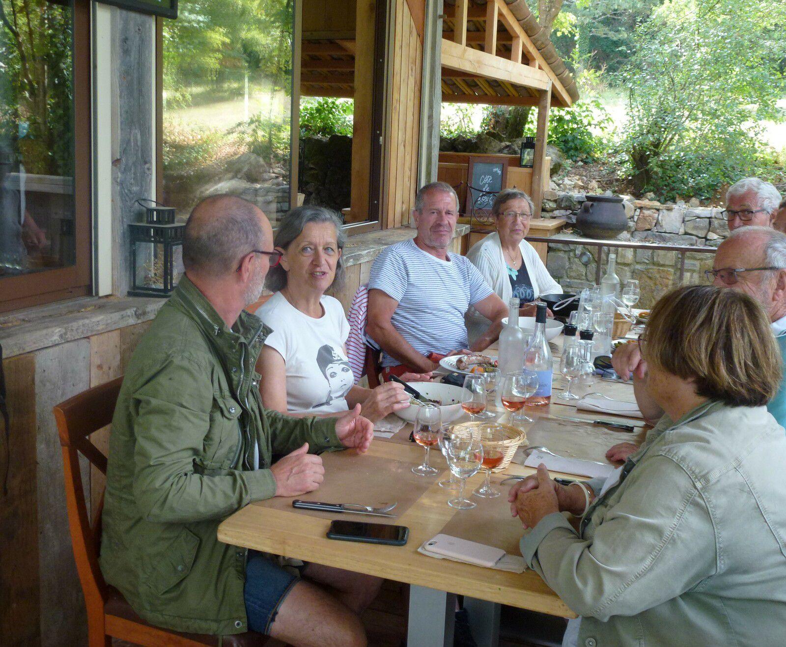 Déjeuner au bistrot du Larzac