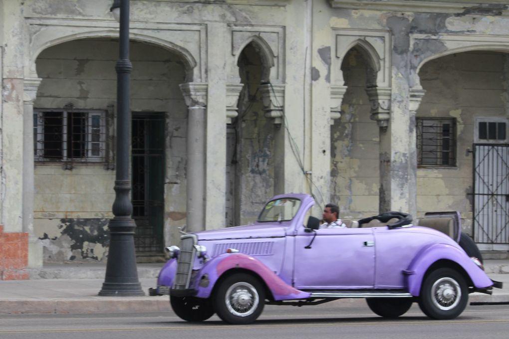 Il s'agit juste d'un échantillon des voitures qui circulent dans les rues de La Havane