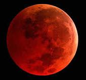 Eclipse de la super Lune un phénomène céleste spectaculaire - Yanis Voyance Astrologue