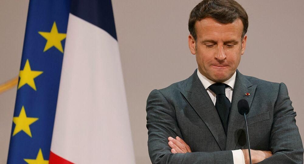 Macron en 2017: «Un ministre doit quitter le gouvernement quand il est mis en examen»
